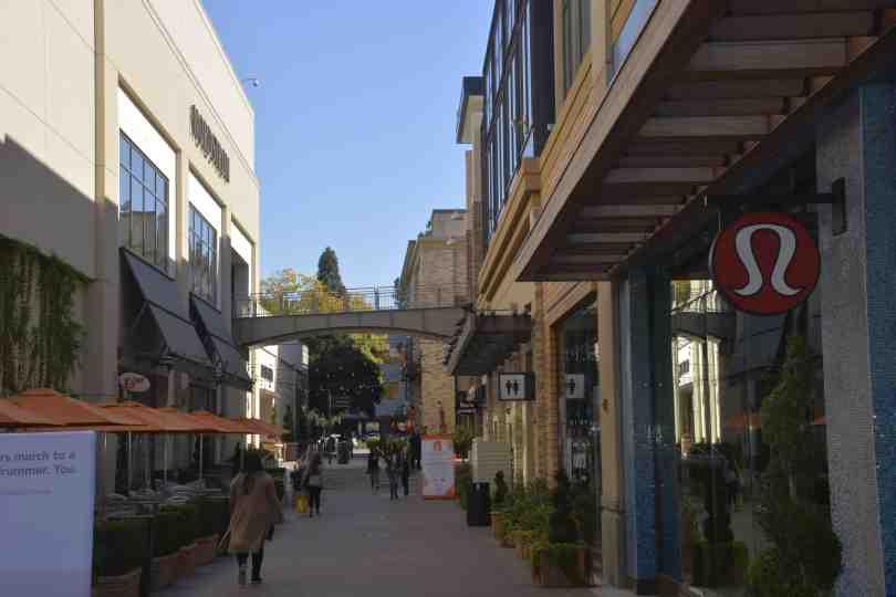 Shopping Broadway Plaza